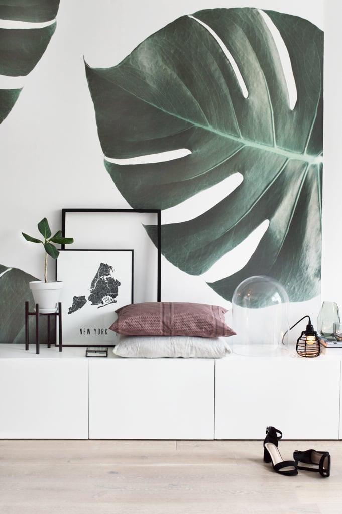 Monstera behang groen - botanisch behang door Tanja van Hoogdalem