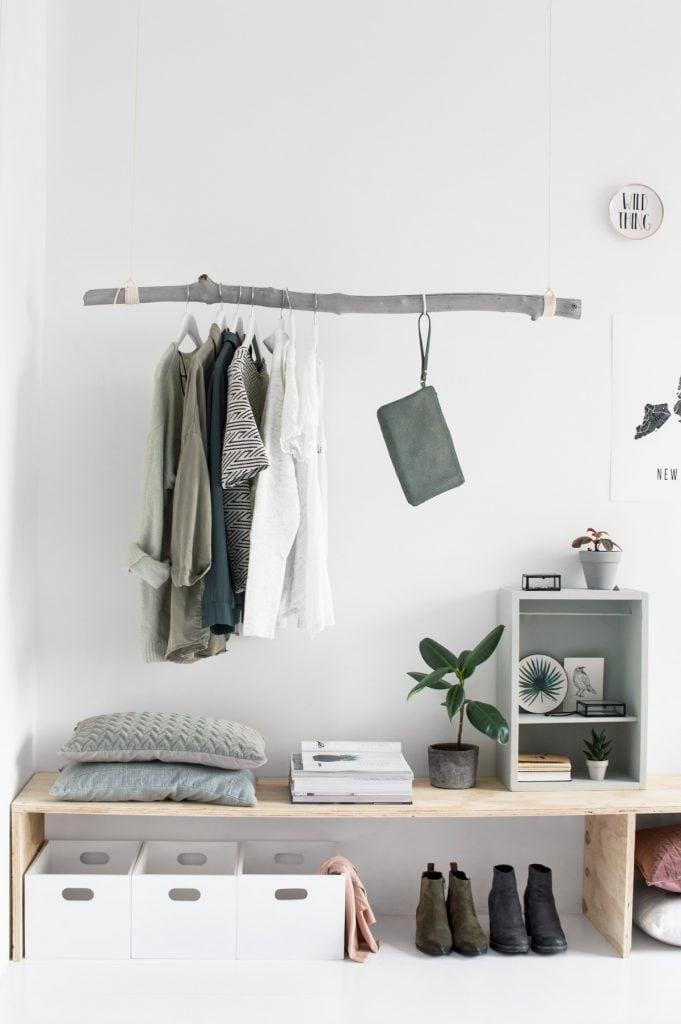 DIY kledingrek - door Tanja van Hoogdalem