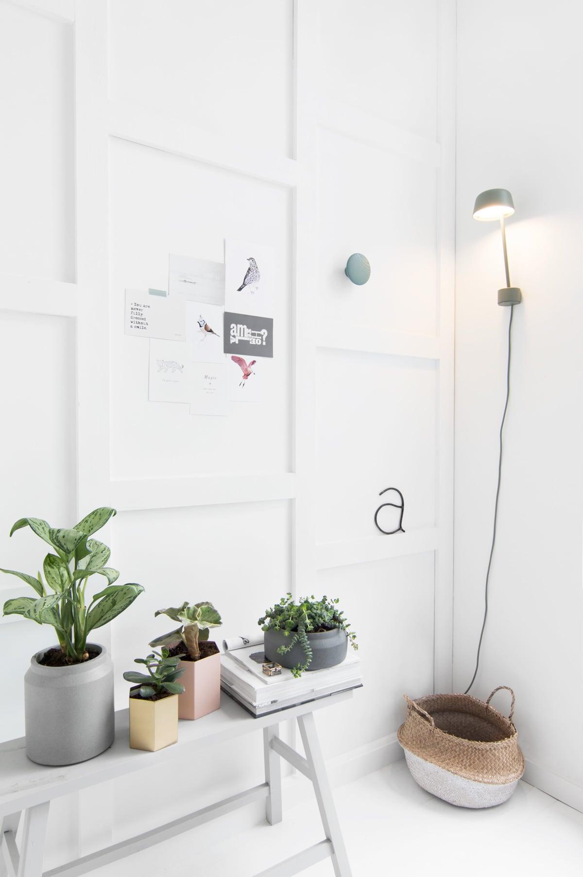 Ferm Living vakkenwand bloempotten - Tanja van Hoogdalem