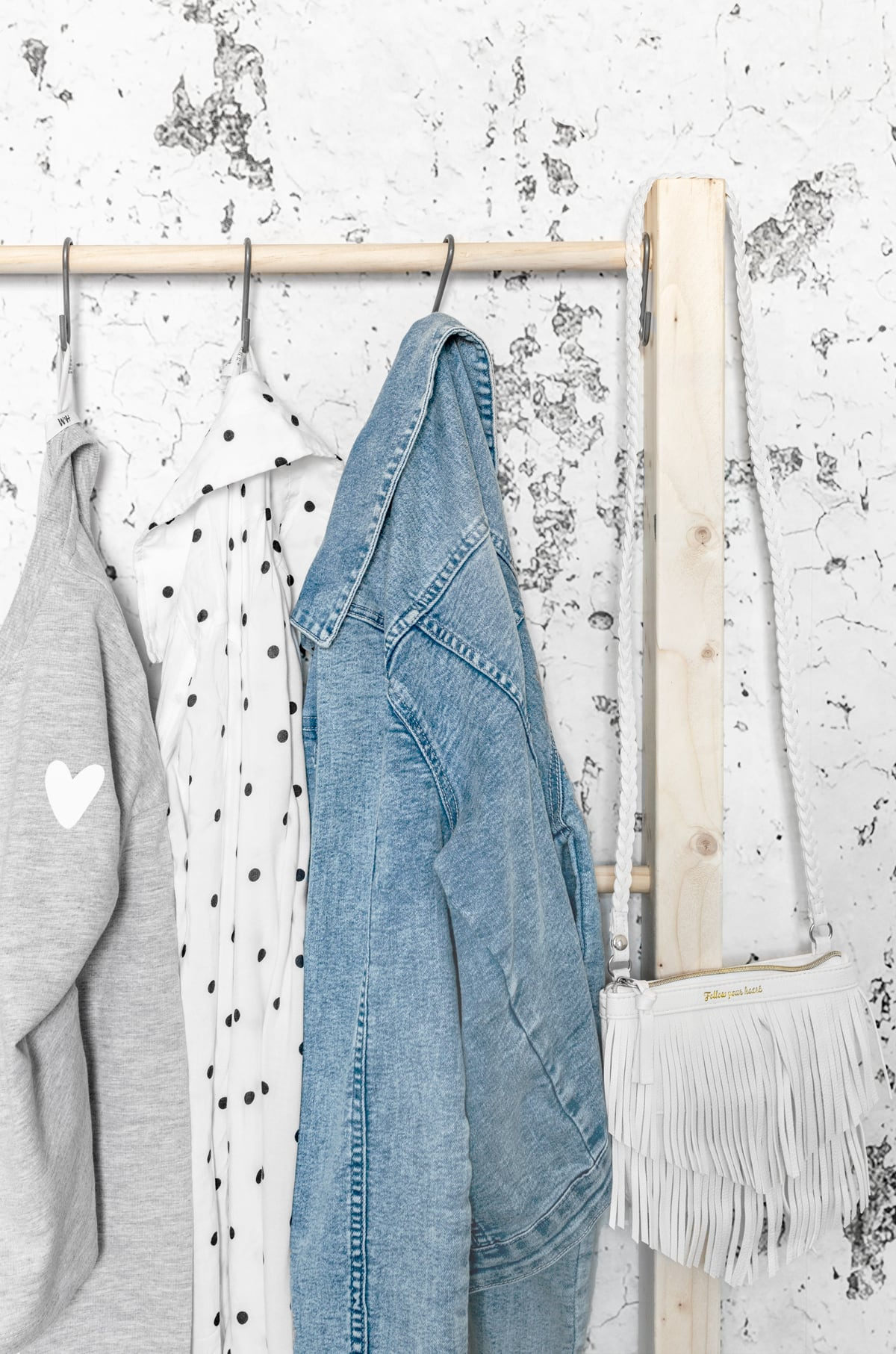 DIY tienerkamer kledingrek- Tanja van Hoogdalem