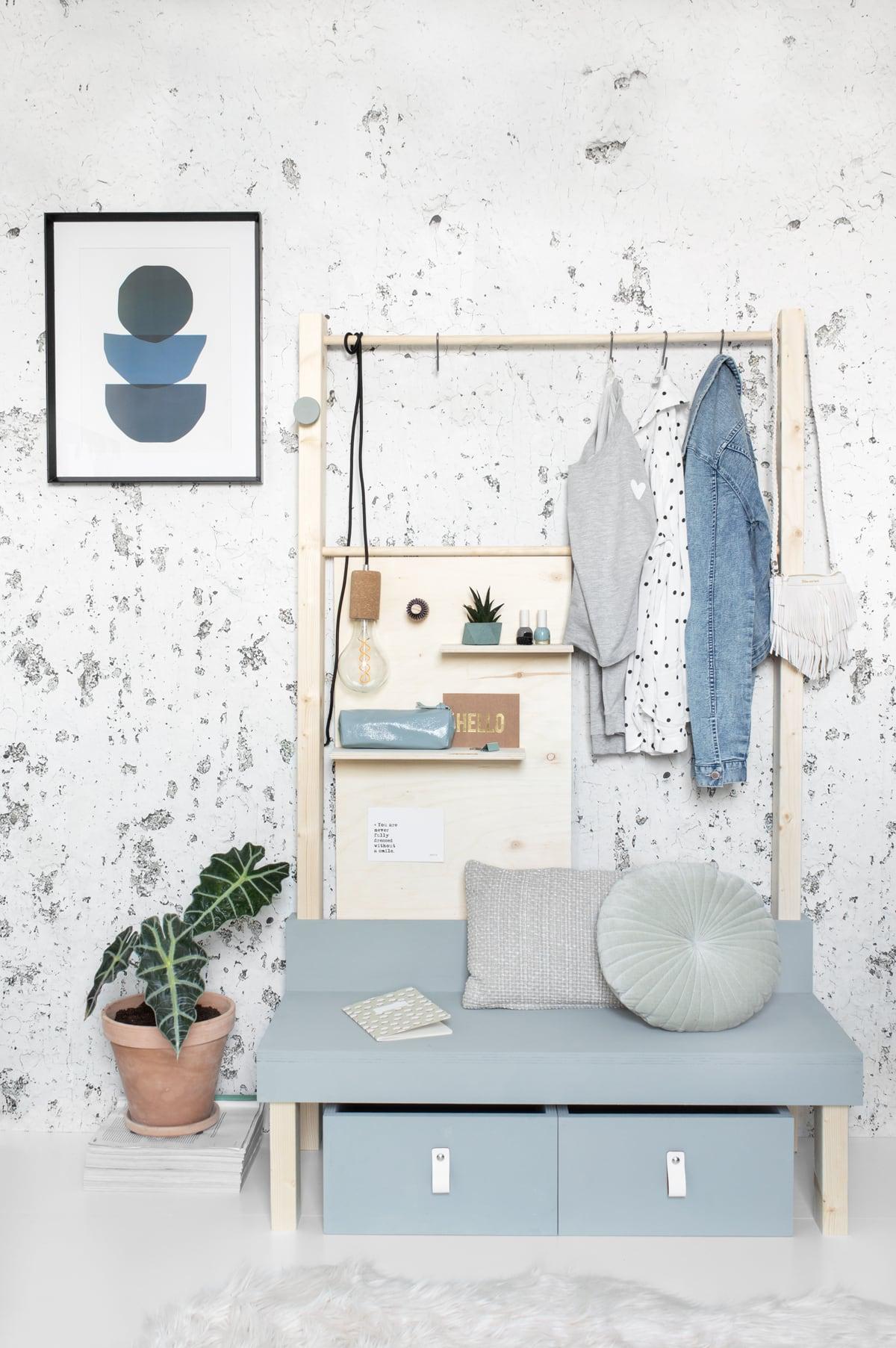 Tienerkamer DIY bankje met opbergruimte - Tanja van Hoogdalem