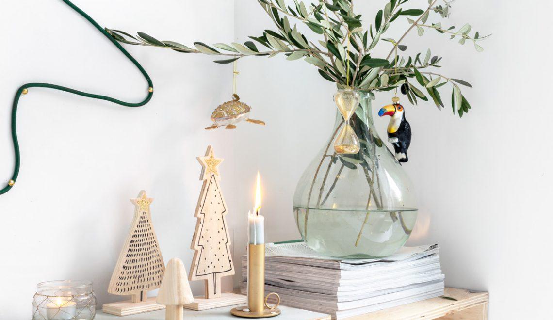 DIY: maak je eigen lamp in de vorm van een kerstboom
