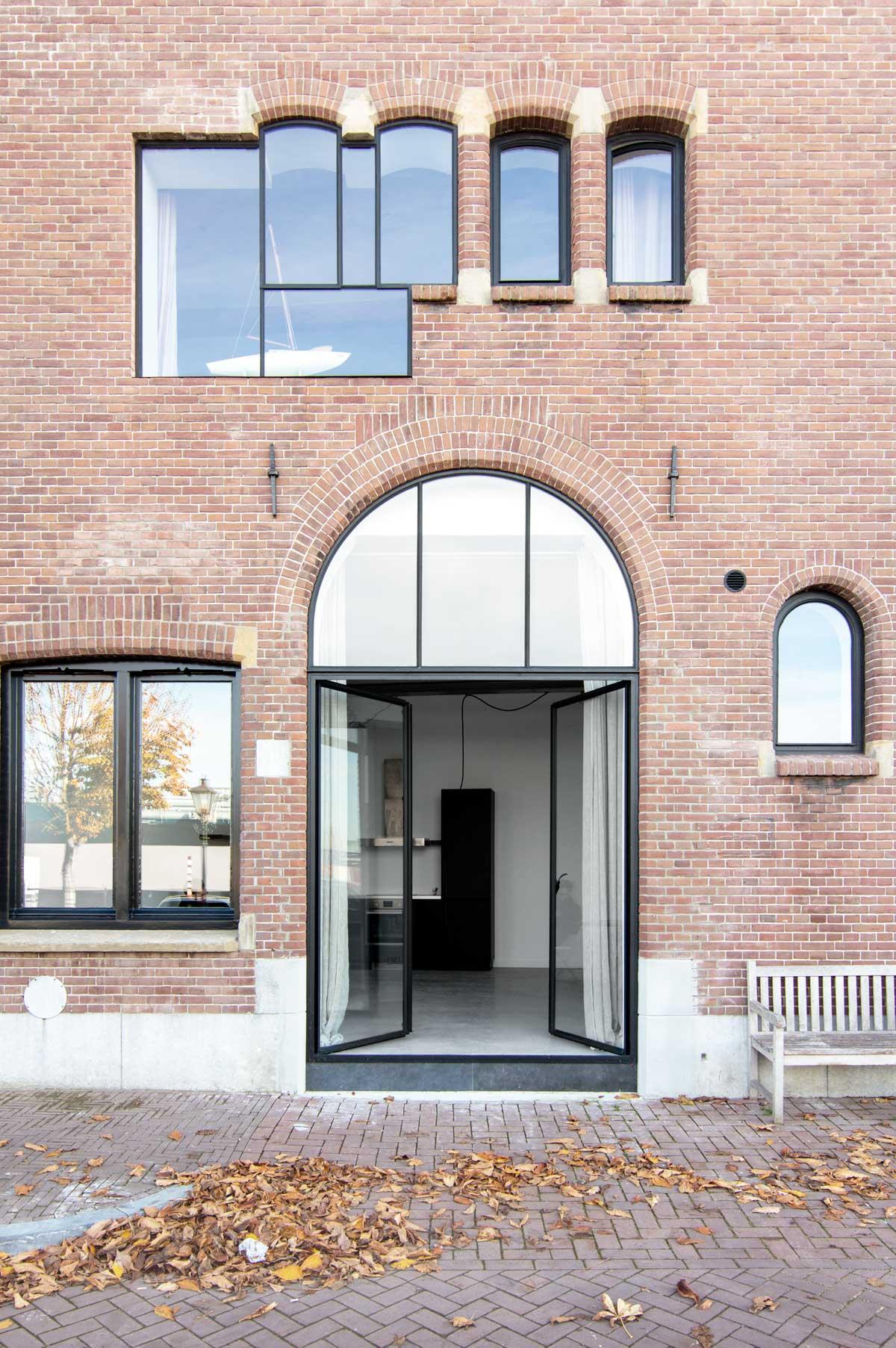 Nieuw huis fabriekspand - Tanja van Hoogdalem