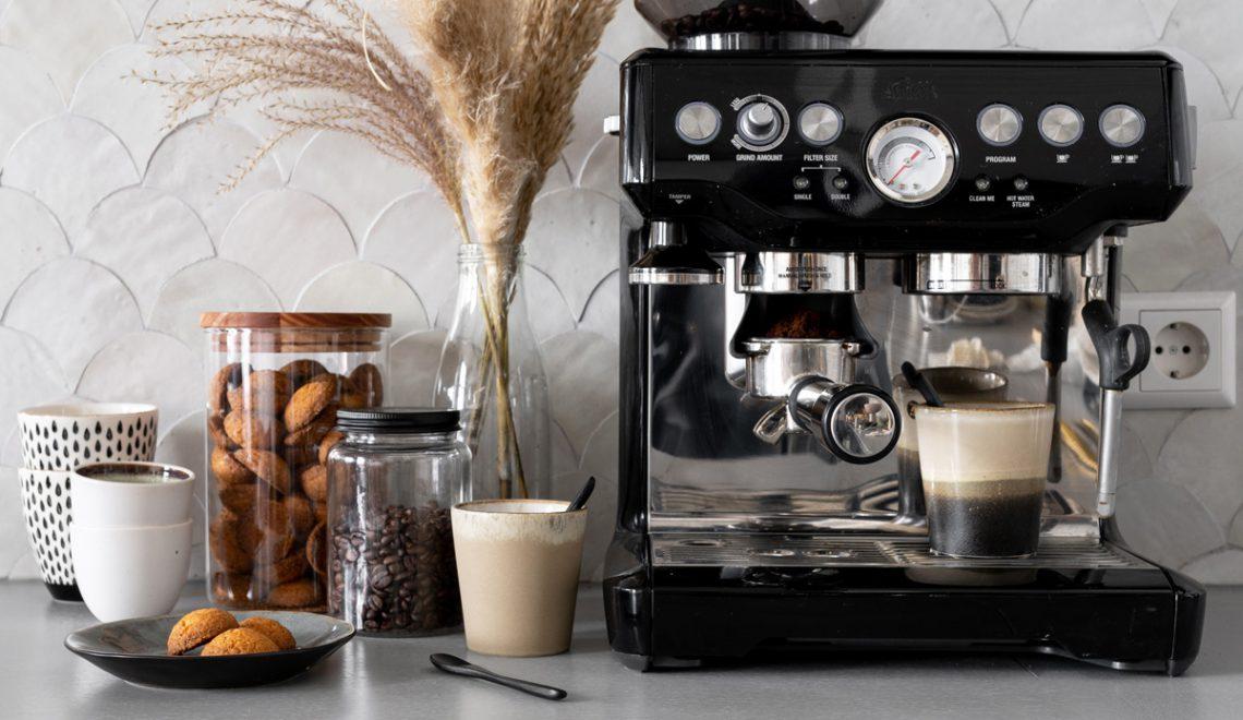 Barista in eigen huis met de SOLIS halfautomatische espressomachine