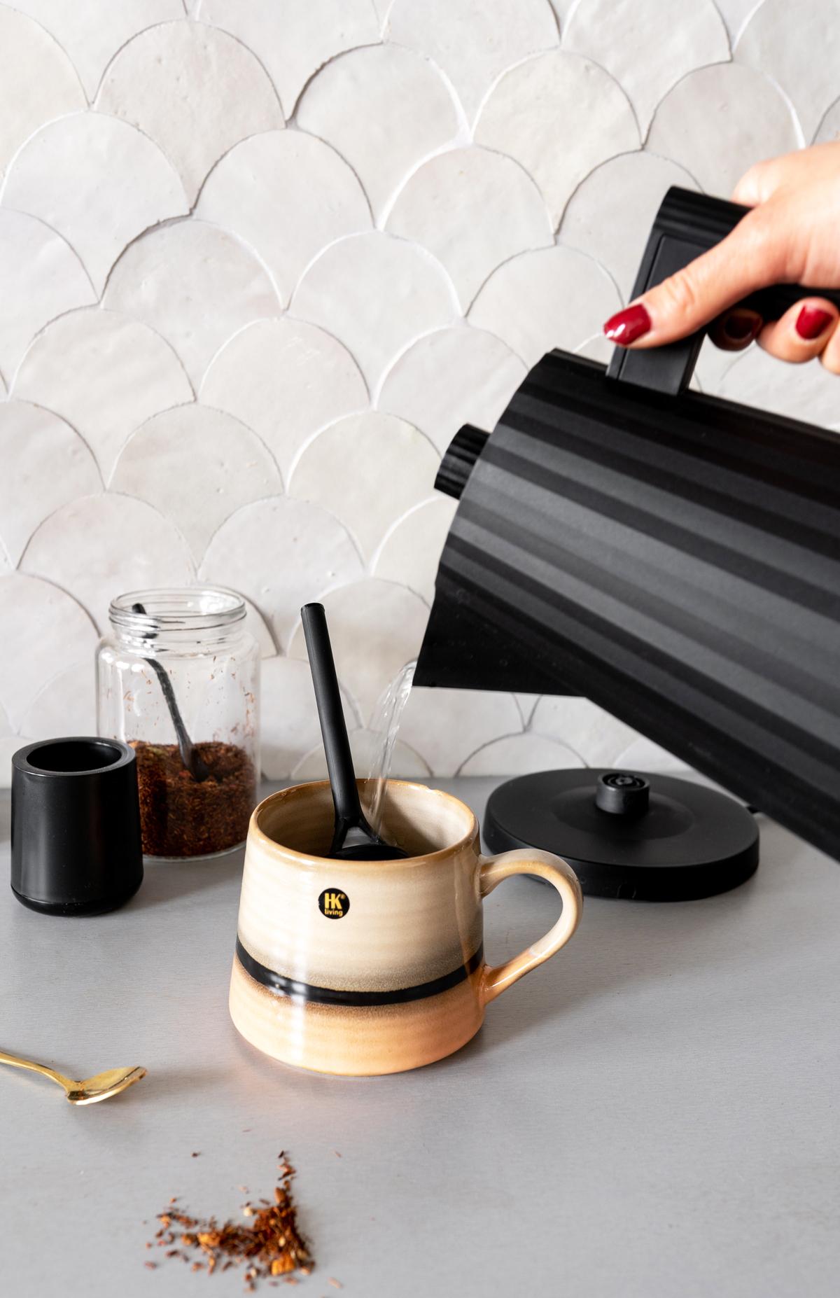Waterkoker thee styling - Tanja van Hoogdalem