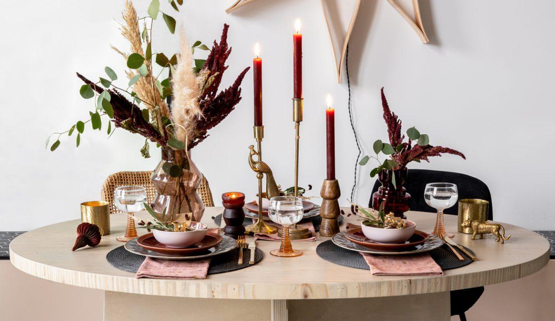 Een feestelijke tafelstyling voor kerst