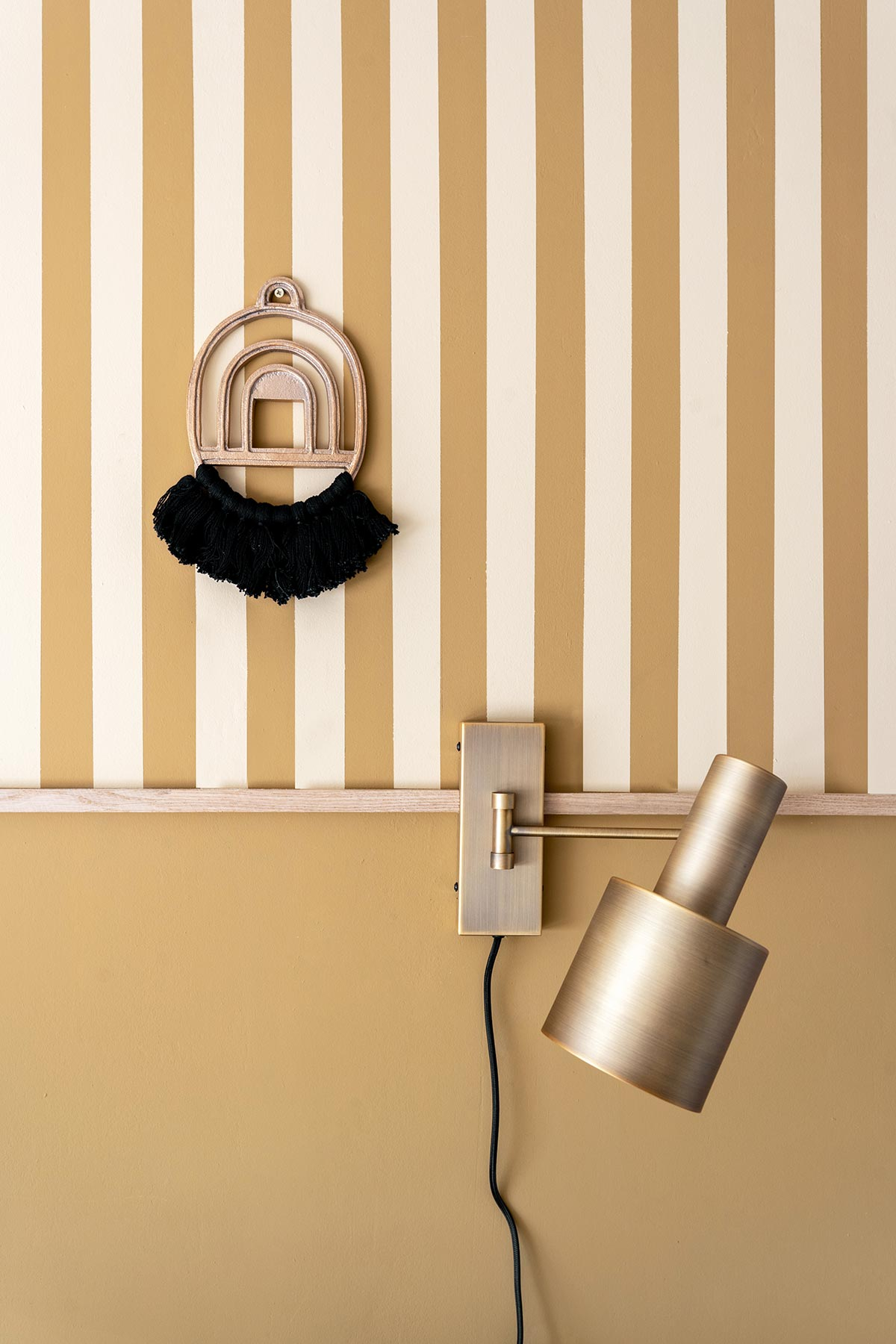 DIY strepen schilderen muur - Tanja van Hoogdalem
