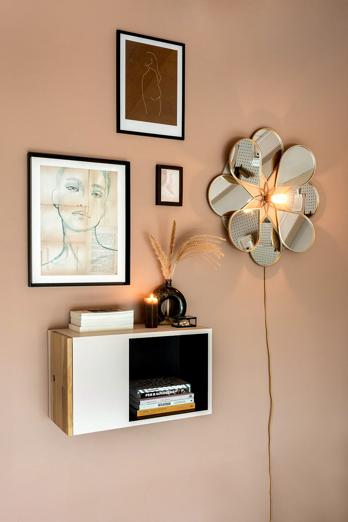 DIY wandlamp bloem wanddecoratie - Tanja van Hoogdalem