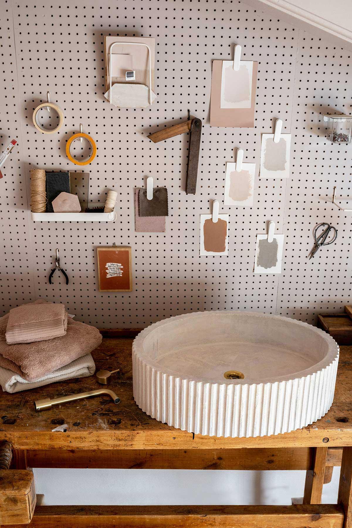 DIY wasbak beton - Tanja van Hoogdalem