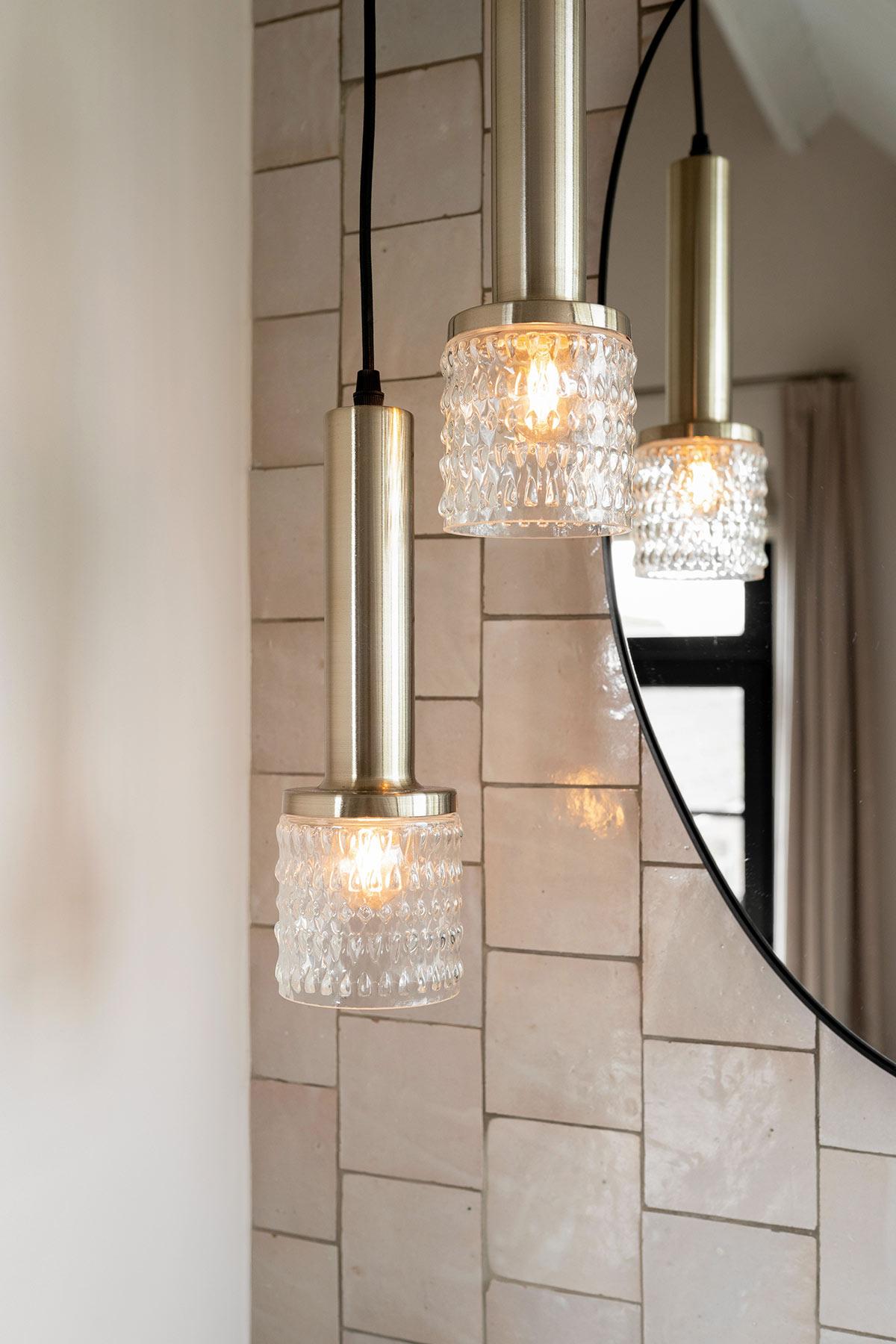 Verlichting badkamer - Tanja van Hoogdalem
