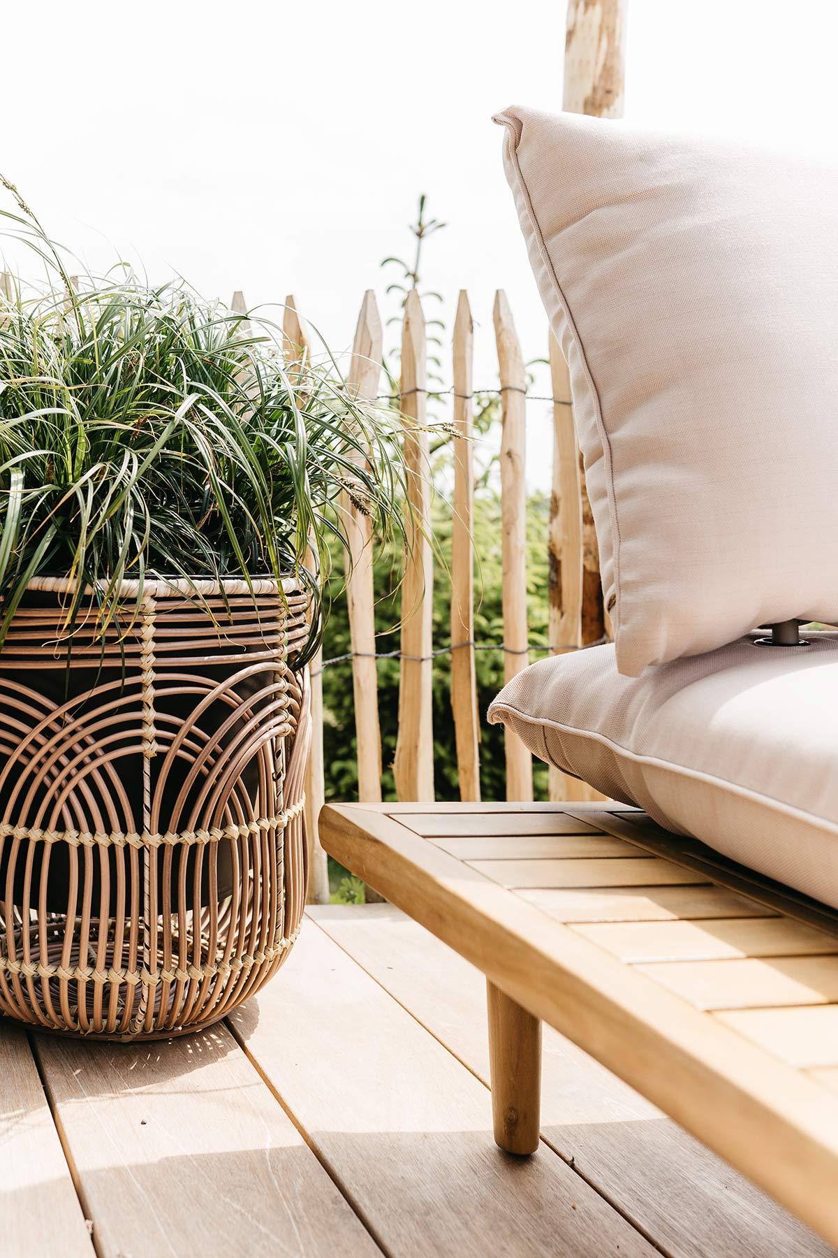 Loungehoek plantenbak - Tanja van Hoogdalem